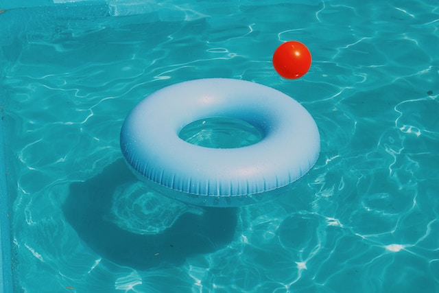 pool-water-ball-float