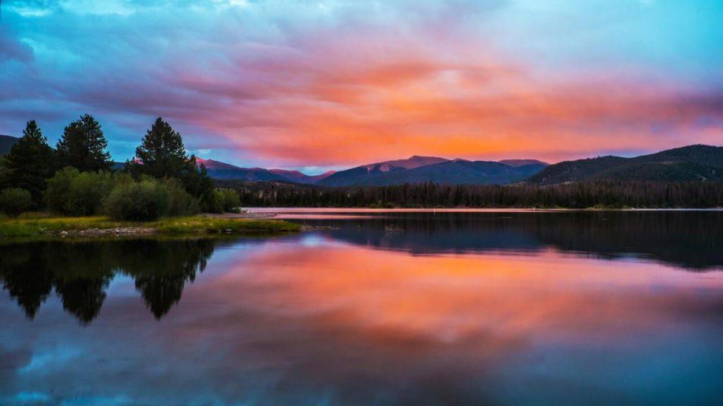 sunset mountain in colorado