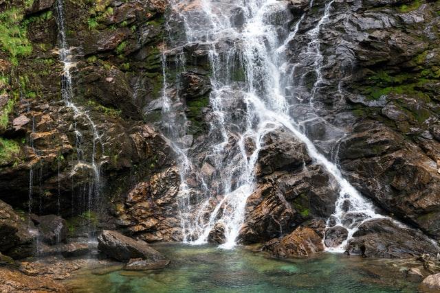 Colorado waterfall hiking trails